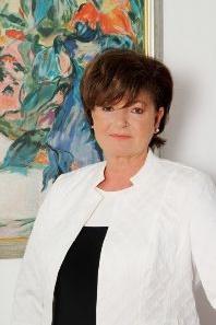 Dr Hardy Ilona